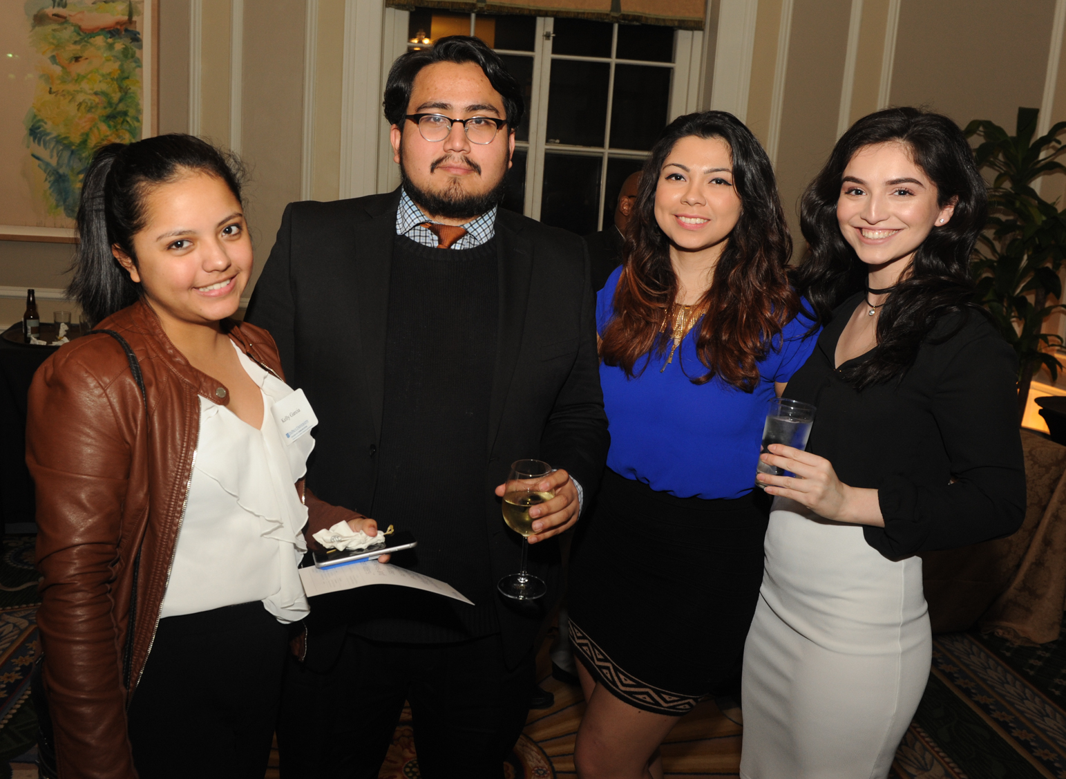 Journalism students and alumni were invited to attend the evening's event. (Photo Paul Berg.)
