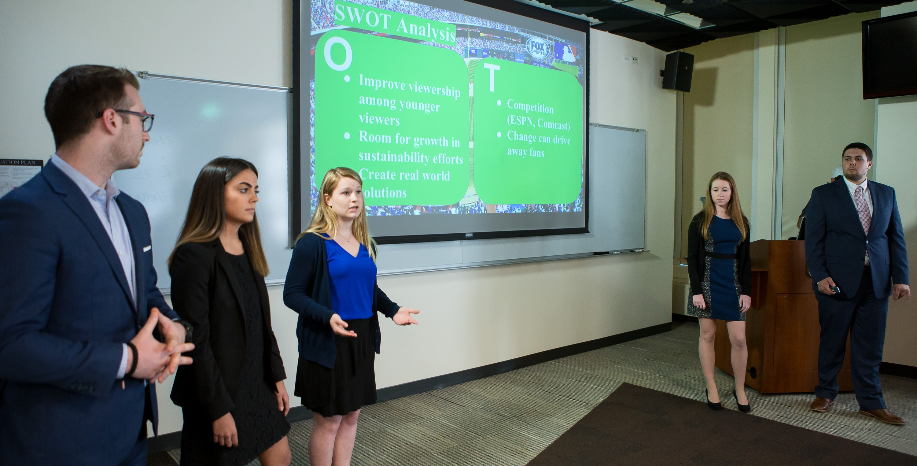 Students in PRAD 393, Special Topics in Public Relations and Advertising, present campaign plan ideas to FOX Sports, 21st Century Fox and Major League Baseball executives, Monday, June 5, 2017. (DePaul University/Jeff Carrion)